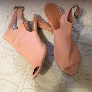 Nine West heels size 7 $25